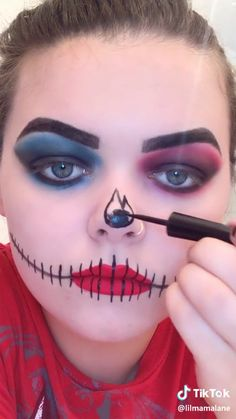 Halloween makeup scary costume horror funny Halloween makeup – make-up ideen Diy Couples Costumes, Scary Costumes, Couple Halloween Costumes, Halloween 2018, Diy Costumes, Scary Halloween, Halloween Photos, Diy Zombie Costume, Halloween Doll Makeup