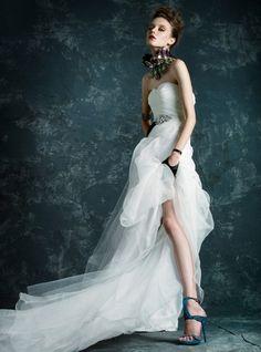Inna P. & Tassia M by Skye Tan for Singapore Brides Magazine