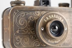 Old-School-esque camera. Beautiful. #Camera #Photos