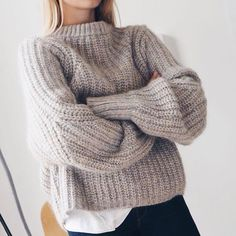 Get ready for the season with warm & cozy sweaters? Oversized sweaters are not only comfortable, but they last forever as a staple in you… Mode Outfits, Fall Outfits, Fashion Outfits, Womens Fashion, Grunge Outfits, Looks Style, Style Me, Outfit Style, Casual Chique