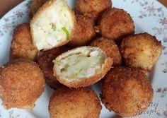 Zemiakové domáci krokety so syrom a šunkou Baked Potato, Mashed Potatoes, Muffin, Food And Drink, Bread, Baking, Breakfast, Ethnic Recipes, Gastronomia