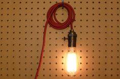 """Lampe """"Blank"""" - Messingfassung von HUCKDUCK   MONOQI"""