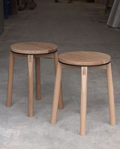 Introducing the Crop stool – a solid American Oak stool featuring a white powder-coated aluminium accent, exposed joinery and delicate dowel rails. Deco Furniture, Design Furniture, Wooden Furniture, Chair Design, Cool Furniture, Diy Stool, Stool Chair, Wood Stool, Chair Cushions