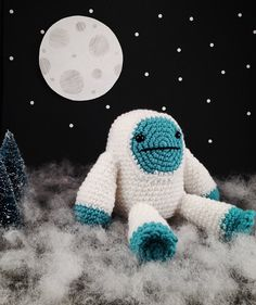 Hey, I found this really awesome Etsy listing at https://www.etsy.com/listing/207470375/boots-the-yeti-crochet-amigurumi