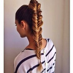 How to Chic: 9 NEW FISHTAIL HAIRSTYLES TO STEAL NOW