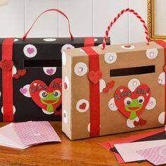 DIY Valentine's Day Mailbox
