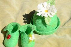 Baby's  felted  booties  and hat by Nika Ivanoff (My Felted Fantasy)