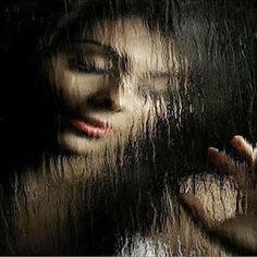 MEU INTERIOR  Faço das minhas perdas um momento só meu. Das minhas lágrimas dos meus arrependimentos. ... Para que eu tenha tempo... De lutar pelo que é meu. Faço das minhas lágrimas. Momentos de reflexões.  Uso o tempo ao meu favor. Não crio fantasias para minha realidade. Busco minhas forças em meu interior.  Não lamento apenas penso... Não desisto insisto. Por acreditar na força do meu amor  Poetisa Flávia Guimarães