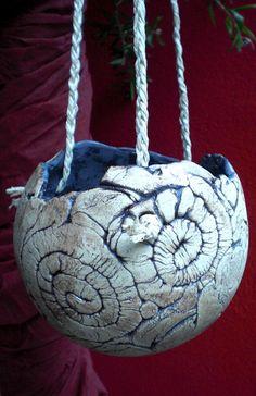 Blumentöpfe - Pflanzkugel Keramik, Hängeampel, Blumenampel, - ein Designerstück von Sandlilien bei DaWanda