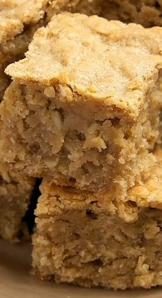 Peanut Butter Banana Bars ***substitute honey for the sugar and coconut oil for the butter?????