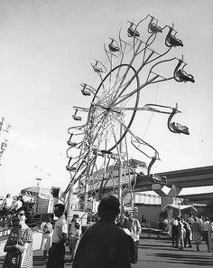 1962. Giant Wheel amusement ride at Century 21 Exhibition. photo UW Digital Collections