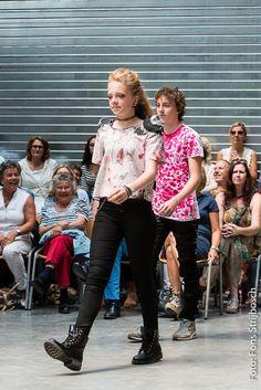 Fashionshow 2015 MIK FASHION FABRIEK Veghel www.juulkes-fashion.nl Julie Tiggelers