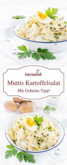 Omas Rezept für einen deutschen Kartoffelsalat mit Mayonaise von herzelieb! Mit einem Joghurt, Schmand  und Gurke verfeinert, ein echter Traum! Diesen Kartoffelsalat mit Mayo mögen auch Kinder. Ideale (Best Food Recipes)