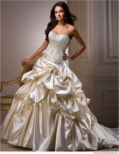 Ball Gown Wedding Dresses | Wedding Ball Gowns