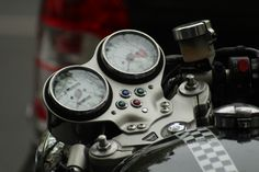 http://www.motorcyclemaintenancetips.com/motorcyclespeedometers.php MotorcycleMaintenanceTips.com has some info on how to locate the most current speedometer for a motorcycle.