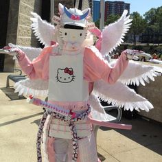 Battle Ready + Ridiculously Cute = Awesome Canadian cosplayer Andy Smith created these beautifully detailed and thoroughly kawaii suits of Hello Kitty and Pikachu-themed samurai armor. Aesthetic Grunge, Pink Aesthetic, Badass Aesthetic, Pikachu, Pokemon, Samurai Armor, Samurai Costume, My Melody, Mood Pics