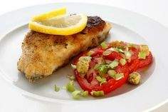 CooKing TaBLe: Fish with Tomatoes with Chef Niru Gupta on Cooking. Fish Recipes, Great Recipes, Healthy Recipes, How To Make Fish, Baked Potato, Yummy Food, Meat, Chicken, Cooking