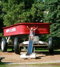 World's Largest Radio Flyer Wagon, Riverside Pk, Spokane