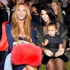 Beyonce 'Begging' Kim Kardashian For Baby Boy Advice. Beyonce 'Begging' Kim Kardashian For Baby Boy… Kim Kardashian And North, Kim And Kanye, Kardashian Family, Kardashian Style, Kardashian Jenner, Kardashian Fashion, Beyonce Et Jay Z, Beyonce Style, Beyonce Songs