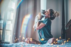 Image about girl in Cool photos by Lu on We Heart It Cat Photography, Creative Photography, Amazing Photography, Jolie Photo, Foto Pose, Tumblr Girls, Cool Photos, Mood, Photo And Video