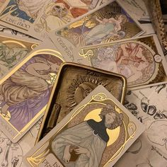 Gold Aesthetic, Witch Aesthetic, Artist Aesthetic, Aesthetic Vintage, Photocollage, Alphonse Mucha, Wall Collage, Aesthetic Pictures, Witchcraft