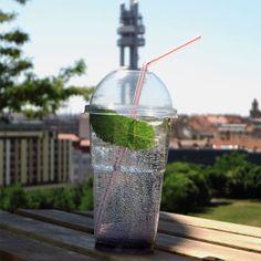 Tutto Caffè - Piaggio osedlané kávou; Praha - Žižkov