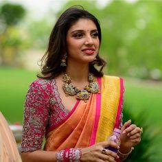 Bridal Blouse Designs, Saree Blouse Designs, Blouse Patterns, Trendy Sarees, Stylish Sarees, Indian Bridal Fashion, Saree Look, Down South, Malu