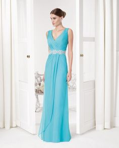 Home - Aire Barcelona - Stunning bridal gowns and cocktail dresses Evening Outfits, Evening Dresses, Bridesmaid Dresses, Prom Dresses, Formal Dresses, Vestidos Chiffon, Robes D'occasion, Beaded Chiffon, Beaded Lace