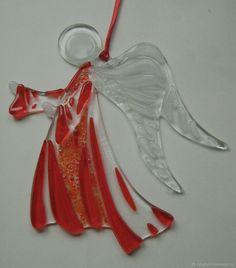 """Подвеска """"Ангел-Хранитель"""" фьюзинг, стекло - купить или заказать в интернет-магазине на Ярмарке Мастеров - EOD6VRU   Ангел с нами ходит рядом, И с тобою и со…"""