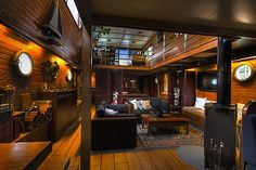 Hotel Barges Atelier de Choisy le Roy for sale Dutch Barge, Barge Interior, Yacht Interior, Canal Boat, Canal E, Barges For Sale, Barge Boat, Houseboat Living, Floating House
