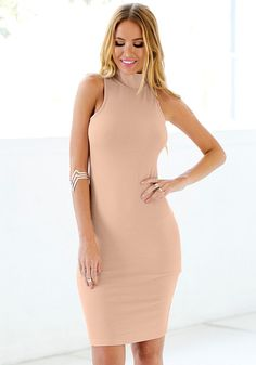 Keep yourself warm while looking irresistible in this mock neck bodycon midi dress.