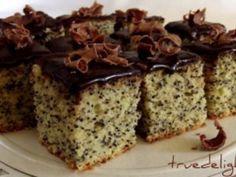 Prajitura cu mac si glazura de ciocolata
