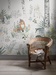 To create a fairytale for your child, you should pay attention to the tones and muted patterns and mysterious, and the new Newbie collection of the famous Swedish brand Boras Tapeter. Wallpaper Magic, Forest Wallpaper, Kids Room Wallpaper, White Wallpaper, Animal Wallpaper, Wallpaper Childrens Room, Children Wallpaper, Baby Nursery Wallpaper