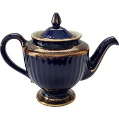 Hall Los Angeles Gold Decorated Cobalt 6 Cup 083 Teapot