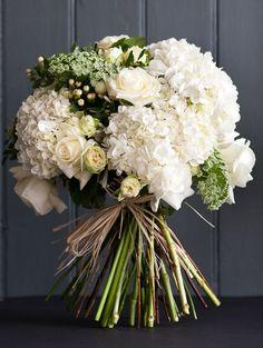 The Great Gatsby flower bouquet from Oxford Florist www.fabulousflowers.biz.