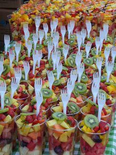 New garden party food BBQ ideas - party dishes - . - Neue Gartenparty Essen BBQ Ideen – Partygerichte – – New garden party food BBQ ideas – party dishes – … – Bbq Party, Snacks Für Party, Brunch Party, Bbq Food Ideas Party, Birthday Brunch, Fruit Birthday, Brunch Food, Birthday Food Ideas For Kids, Luau Party