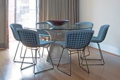 Shop the Platner Dining Table by Knoll, a midcentury modern dining table designed by Warren Platner, combining modernism with gentle, graceful design. Glass Dining Room Table, Dining Table Design, Harry Bertoia, Florence Knoll, Knoll Table, Modern Furniture, Outdoor Furniture Sets, Warren Platner, Vintage Chairs