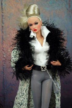 Bilderesultat for barbie fashionistas clothing coat