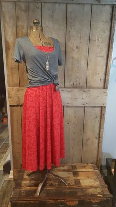 LuLaRoe Maxi skirt, worn as a strapless dress with a knotted Classic T.