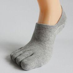 MIRISI men's five finger toe invisible nonslip ankle deodorant toe socks