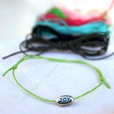 Le bracelet porte bonheur