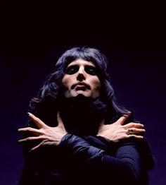 102 Best Freddie Mercury Queen Images Singers Queen Freddie