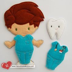 Hey, I found this really awesome Etsy listing at https://www.etsy.com/listing/152749518/dentist-scrubs-felt-paper-doll-outfit