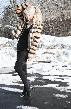 CARA LOREN: Faux Fur & Giveaway