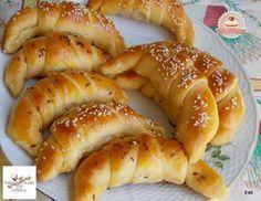 Vajon sült sós kifli Torte Cake, Hungarian Recipes, Hungarian Food, Cookie Cups, Hot Dog Buns, Ham, Sausage, Food And Drink, Cooking Recipes