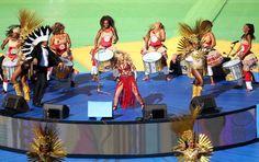 Acompanhe as performances de encerramento da Copa do Mundo com Shakira, Ivete Sangalo, Santana, Carlinhos Brown, Alexandre Pires e Wyclef Jean: http://newsevoce.com.br/?p=10604