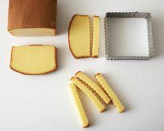 hot dog designed cake instructions   How to Make Mini Hot Dog Cakes and Fries   Cakegirls