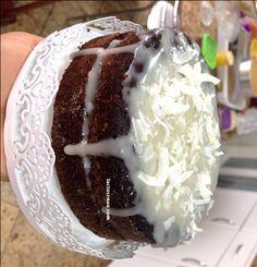 Bolo prestígio sem lactose e sem glúten - Lactose Não (Tamara, farinha de coco, farinha de arroz, ghee, Cacau)