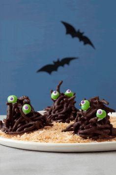 halloween-treats-haystack-