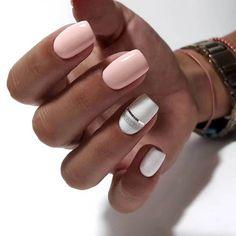 short nails art Nail Nail 2020 manicure nails and spa gucci nail art Two Color Nails, Manicure Colors, Nail Colors, Gel Manicure, Nail Nail, Cute Nails, Pretty Nails, My Nails, Polish Nails